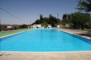 La escuela realizará salidas a diferentes piscinas.