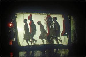 We women constituye una mirada colectiva sobre la mujer a cargo de coreógrafas e intérpretes de la danza de prestigio internacional y de muy diferentes estilos y culturas