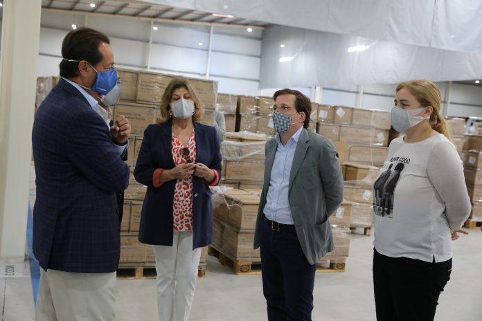 Madrid almacena 27 millones de mascarillas y 100.000 pruebas PCR