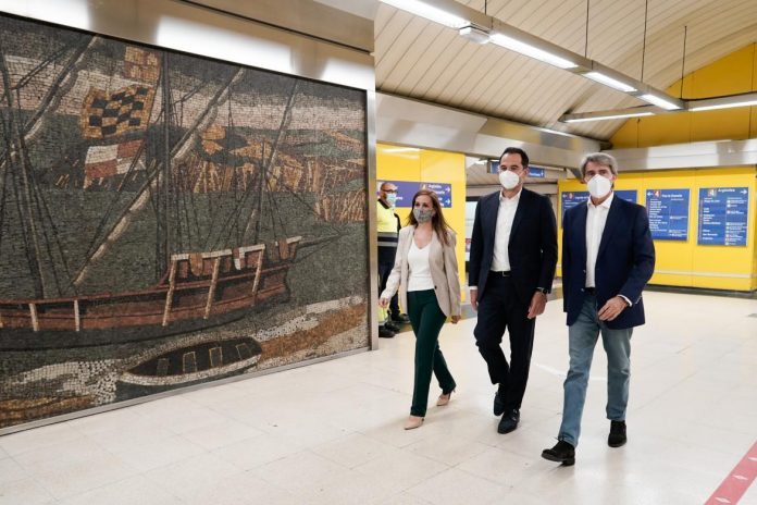 Madrid instala dispensadores de hidrogel en 50 estaciones de metro